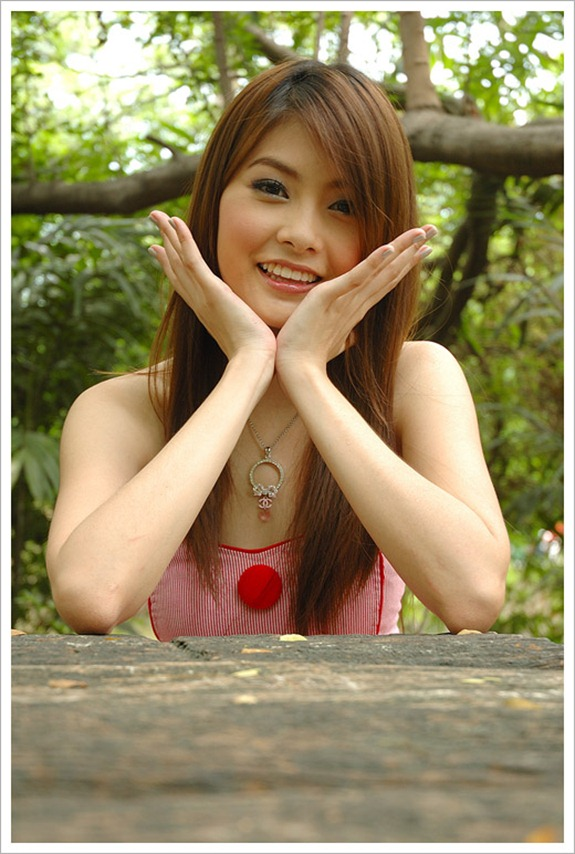 Quiz game: how to be sure to recognize a ladyboy?